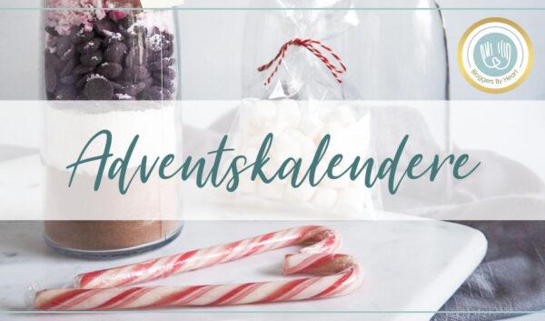 Adventskalender med juletema. Juleinspireret kakaodrik på juleflaske